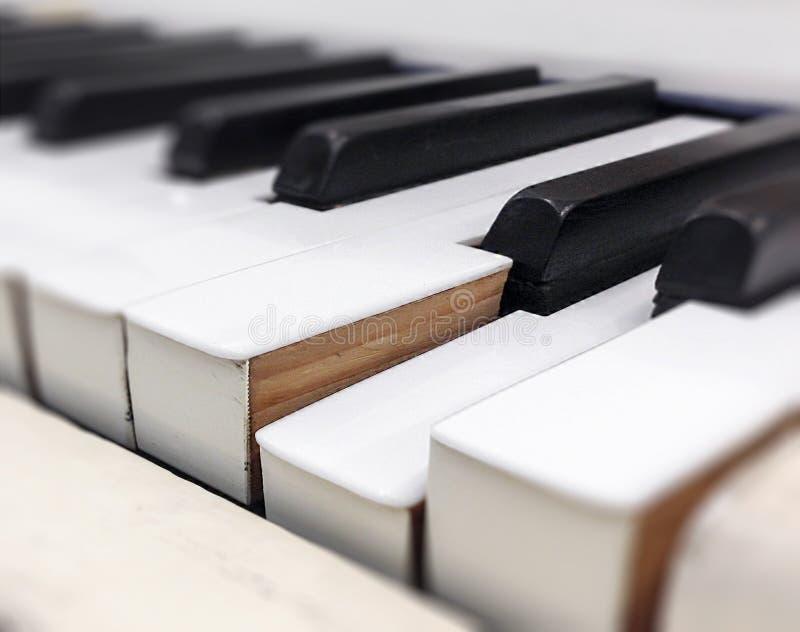 Primer de algunas llaves del piano imágenes de archivo libres de regalías