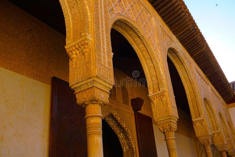 Primer de columnas, Alhambra foto de archivo libre de regalías