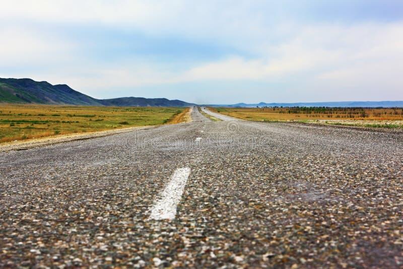 Primer de la carretera de asfalto foto de archivo