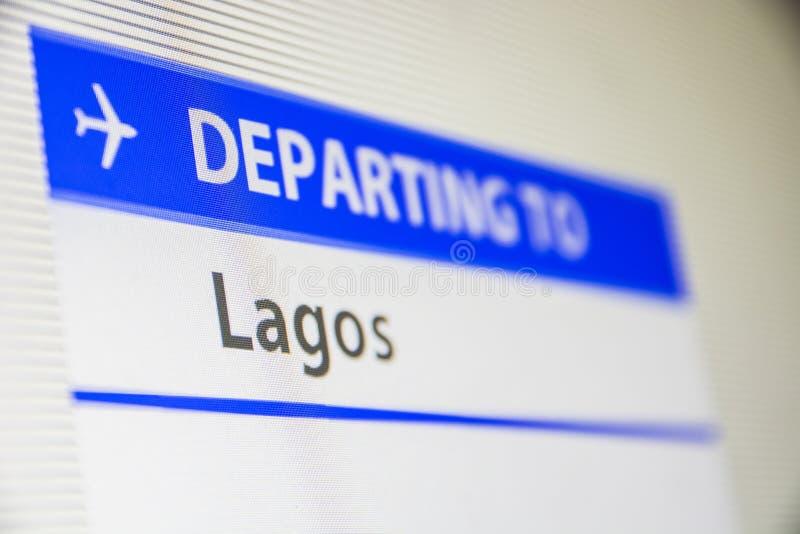 Primer de la pantalla de ordenador del vuelo a Lagos foto de archivo