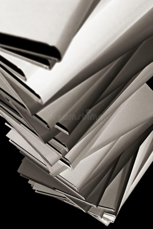 Primer de la pila de libros, B&W foto de archivo libre de regalías