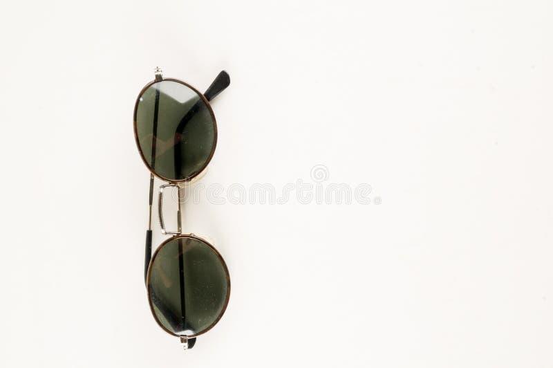 Primer de las gafas de sol del vintage foto de archivo