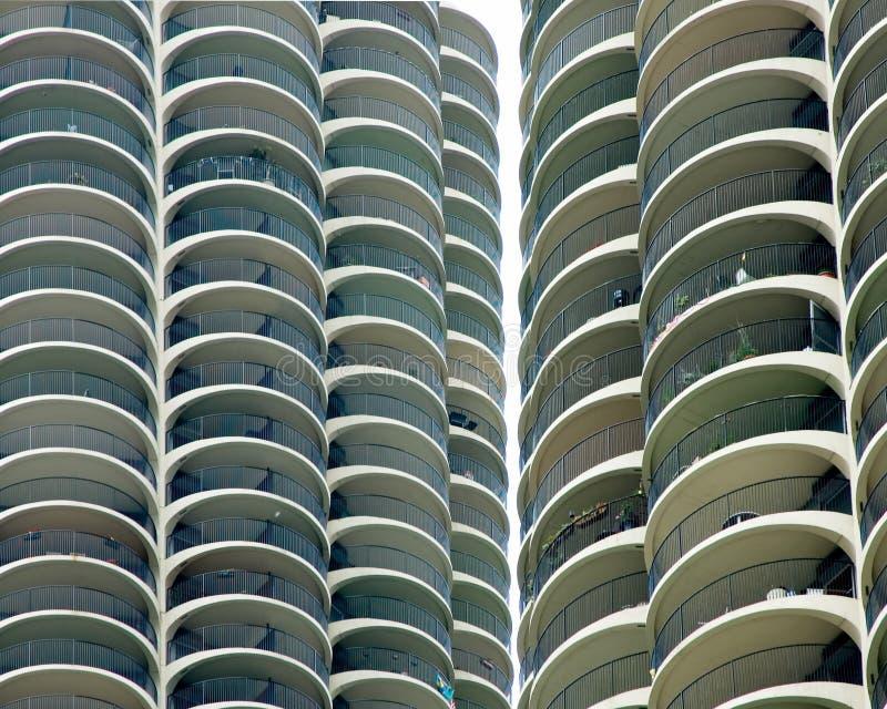 Primer de las torres de la ciudad del puerto deportivo - Chicago, IL imagen de archivo libre de regalías