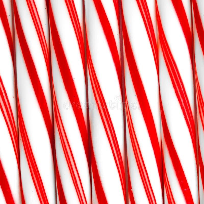 Primer de los bastones de caramelo de hierbabuena de lado a lado foto de archivo