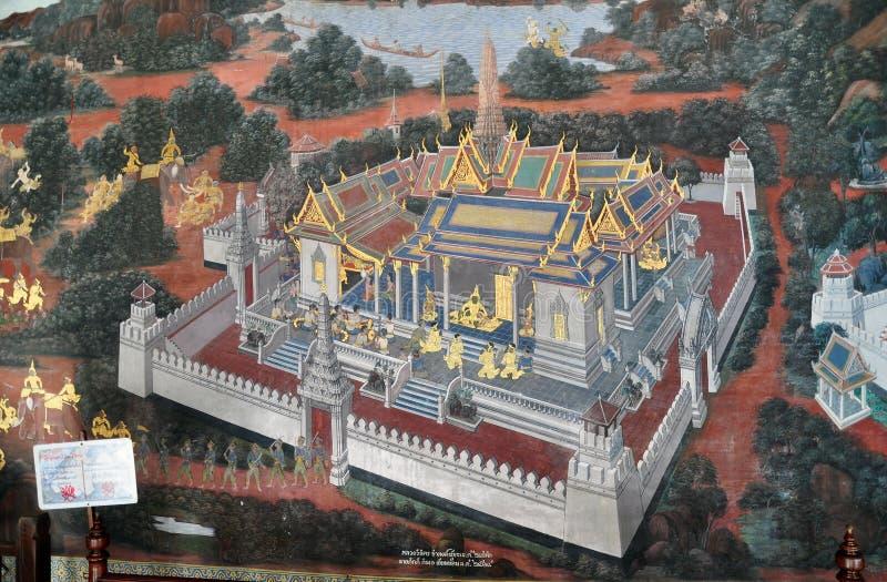 Primer de pinturas murales tailandesas dentro del palacio magnífico, Bangkok imagenes de archivo