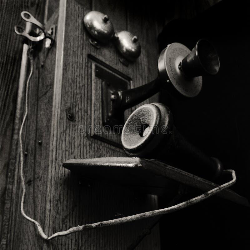 Primer de un teléfono del vintage fotos de archivo