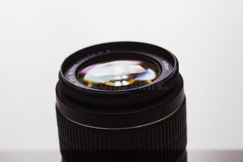 Primer de una lente de cámara imagenes de archivo