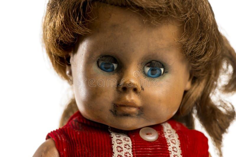 Primer de una muñeca usada fotos de archivo