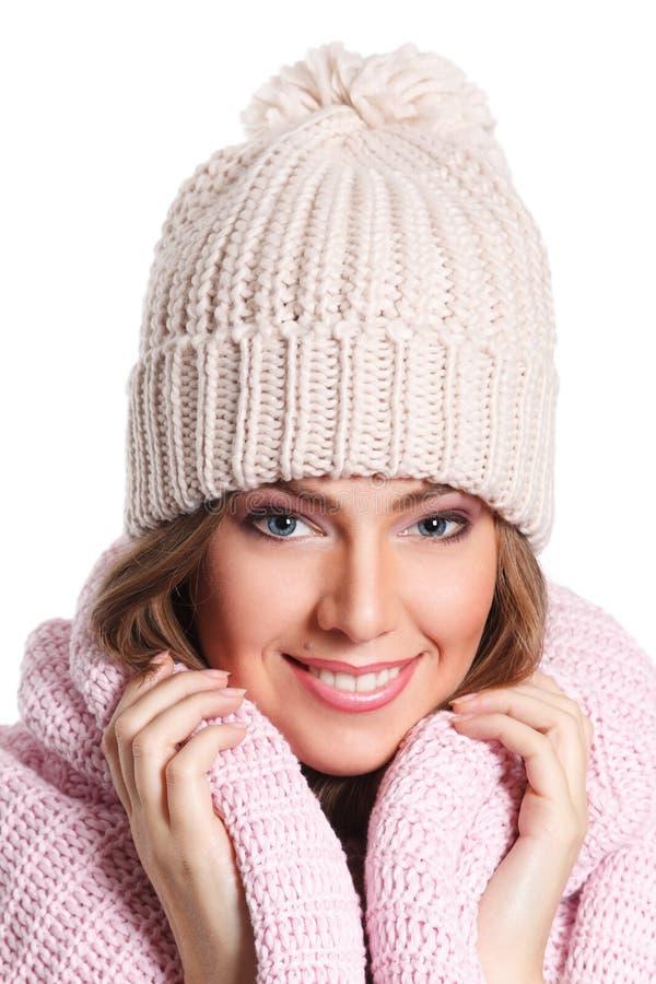 Primer de una mujer hermosa en sombrero fotos de archivo libres de regalías