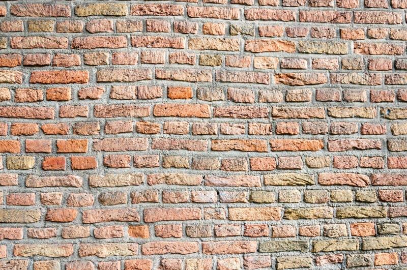 Primer de una pared de ladrillo incons til de la alba iler a foto de archivo imagen de cursos - Clases de ladrillos ...