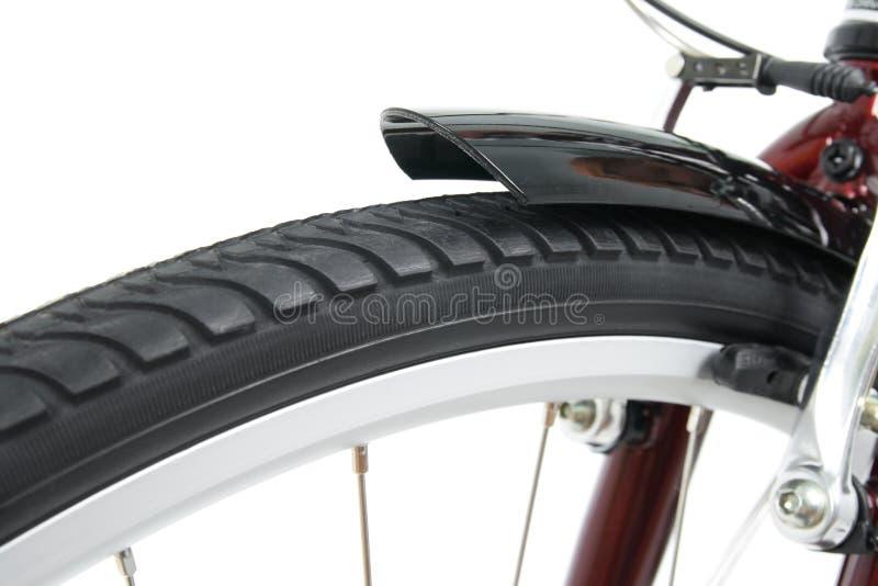 Primer de una rueda de bicicleta delantera fotografía de archivo libre de regalías