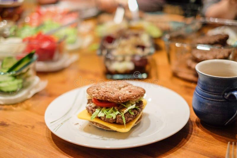 Primer del hamburguesas foto de archivo libre de regalías