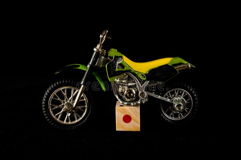 Primer del juguete cruzado de la motocicleta de la moto fotografía de archivo