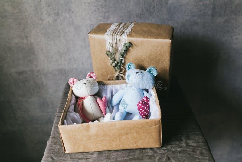 Primer del juguete de los ni?os suaves Juguetes hechos a mano foto de archivo libre de regalías