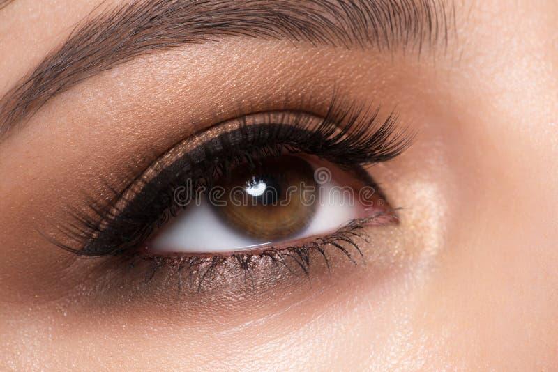 Primer del maquillaje del ojo fotografía de archivo