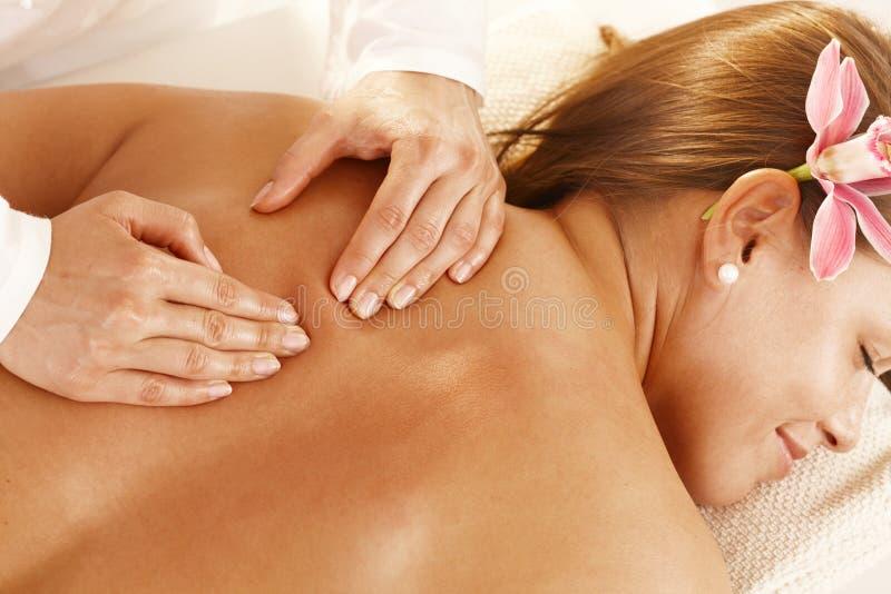 Primer del masaje posterior imágenes de archivo libres de regalías