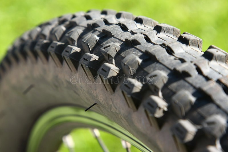 Primer del neumático de la bicicleta fotografía de archivo libre de regalías