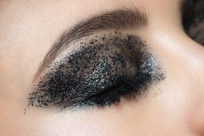 Primer del ojo con maquillaje imágenes de archivo libres de regalías