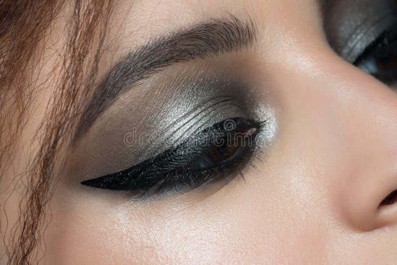 Primer del ojo con maquillaje fotografía de archivo libre de regalías