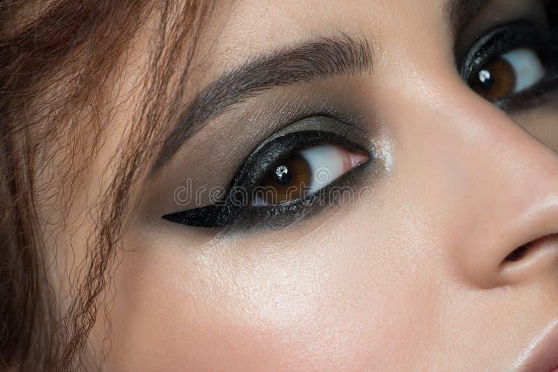 Primer del ojo con maquillaje imagen de archivo libre de regalías
