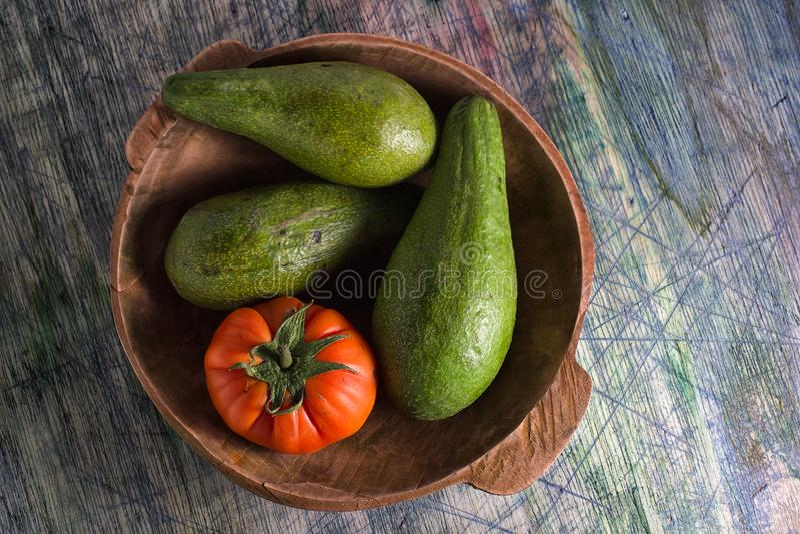 Primer del tomate de la variedad y de la herencia del aguacate foto de archivo libre de regalías
