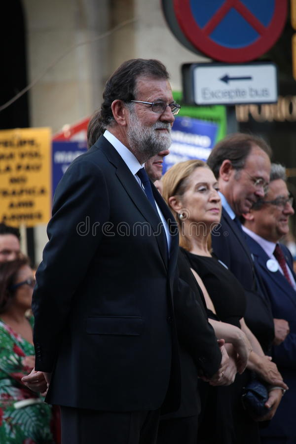 Primer ministro español Rajoy en la manifestación contra terrorismo fotos de archivo