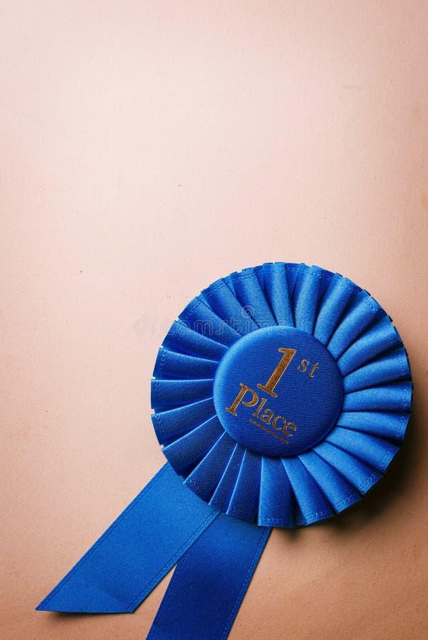 Primer rosetón del ganador del lugar del azul imágenes de archivo libres de regalías