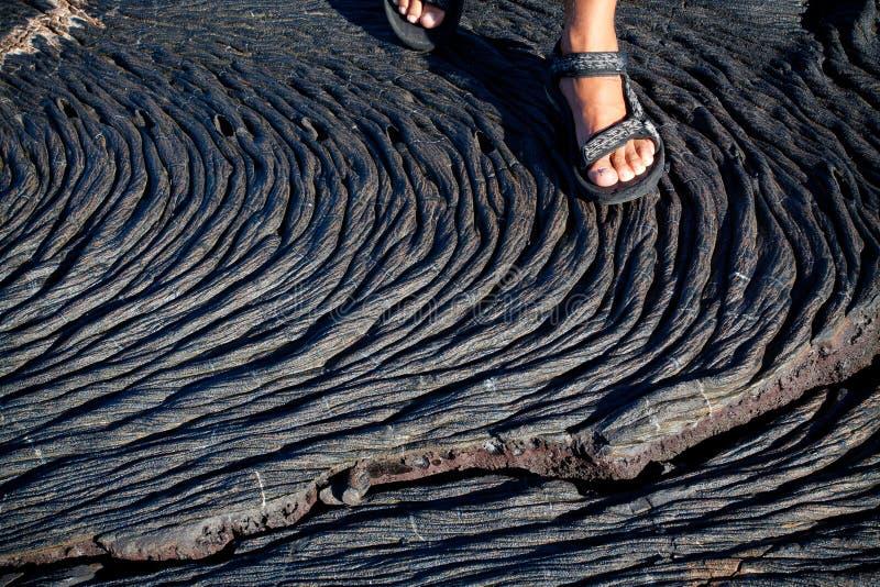 Primer tirado de formaciones de la lava en Santiago Island fotos de archivo