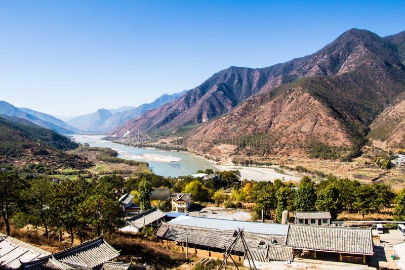 Primera curva el río Yangzi imagen de archivo libre de regalías