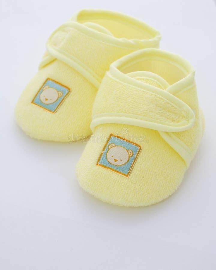 Primeros zapatos de los bebés imagen de archivo libre de regalías