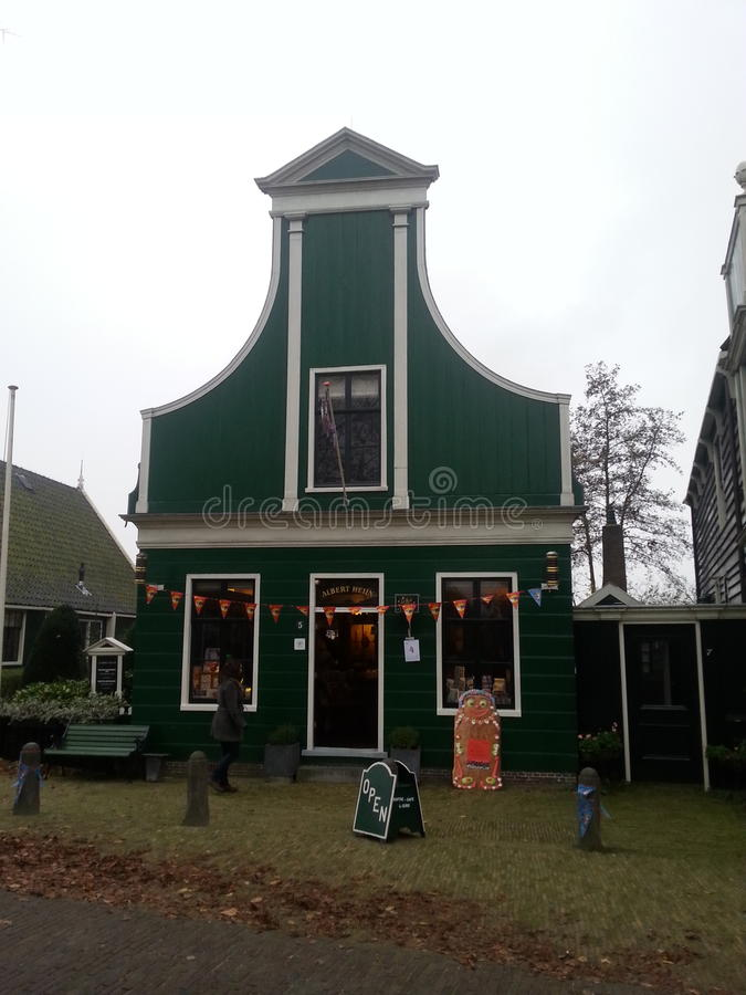 Primo Albert Heijn Il più grande supernarket dei Paesi Bassi Nello Zaanse Schans immagine stock libera da diritti