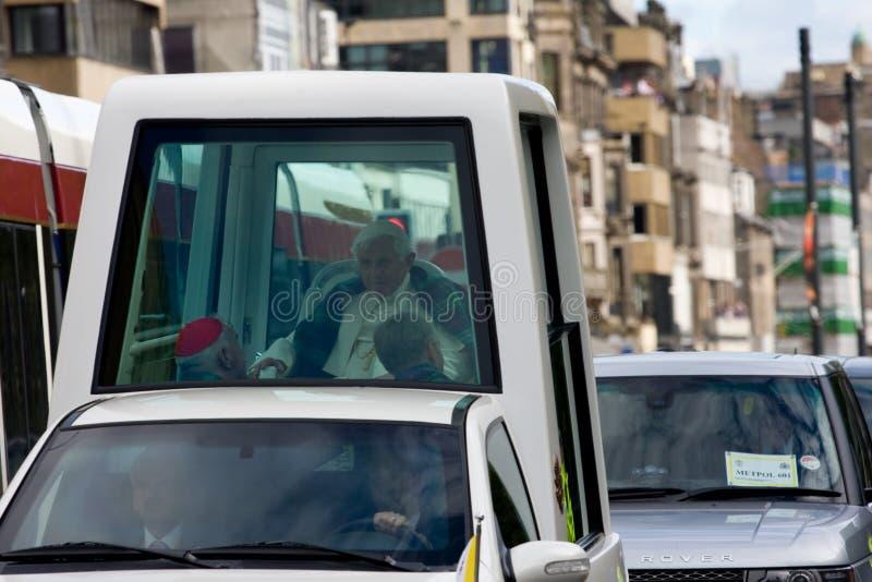Primo giorno della chiamata del papa Benedict XVI nel Regno Unito fotografie stock libere da diritti