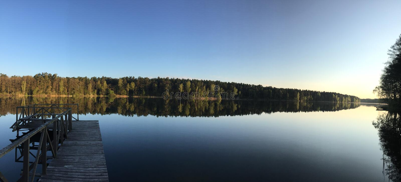 Primo mattino dal lago immagini stock