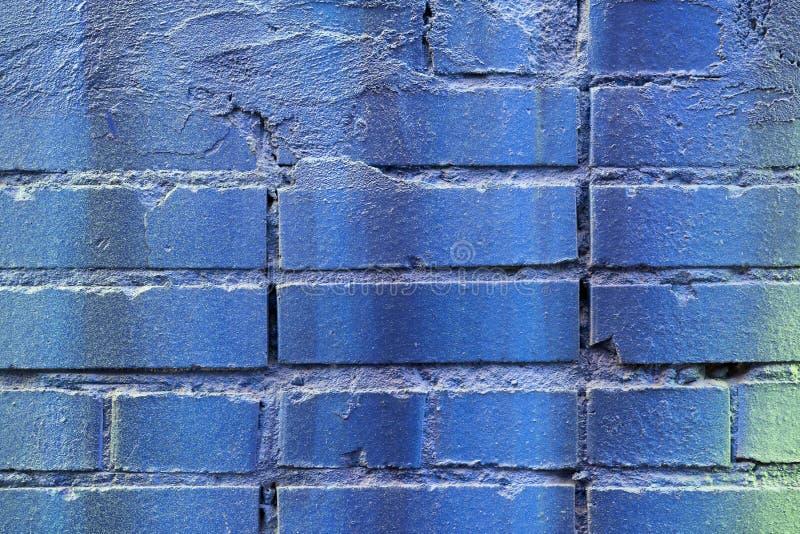 Primo piano d'annata blu dipinto di struttura del muro di mattoni di lerciume, b urbana immagine stock libera da diritti