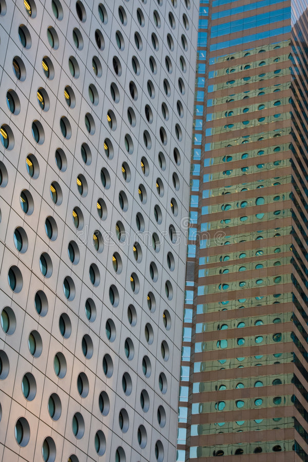 Primo piano degli edifici per uffici fotografia stock