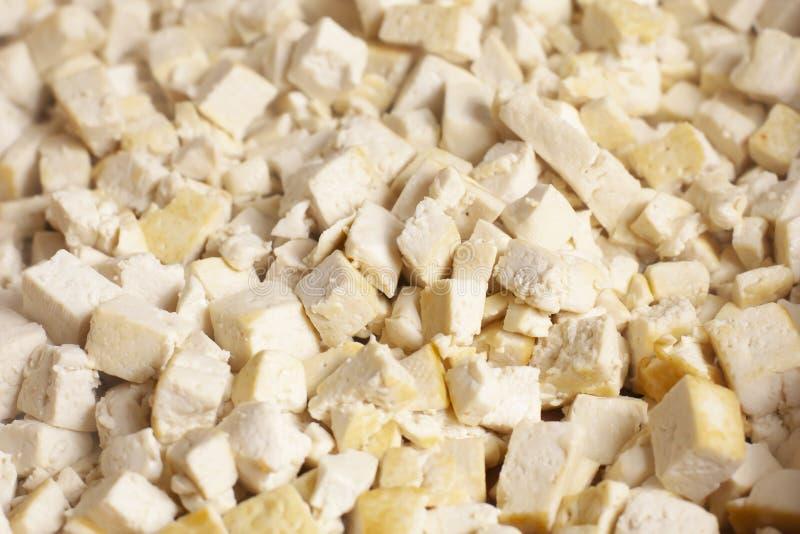 Primo piano dei cubi del tofu immagine stock