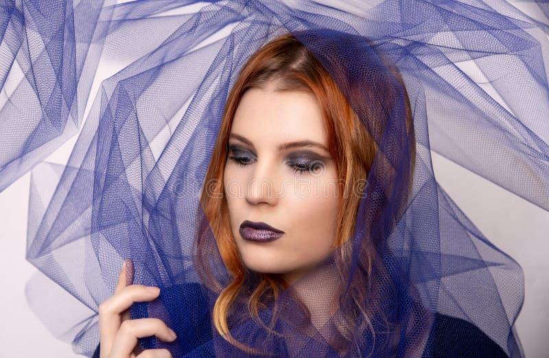 Primo piano del modello dai capelli rossi fotografie stock