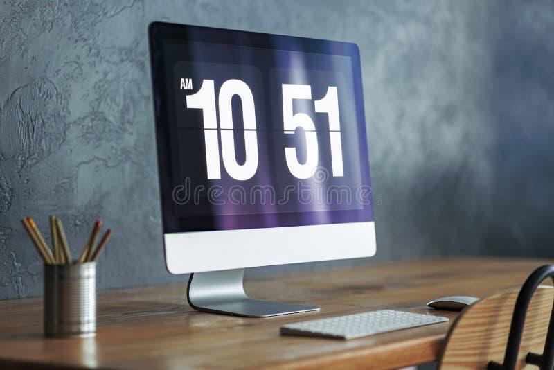 Primo piano del monitor moderno del computer immagini stock