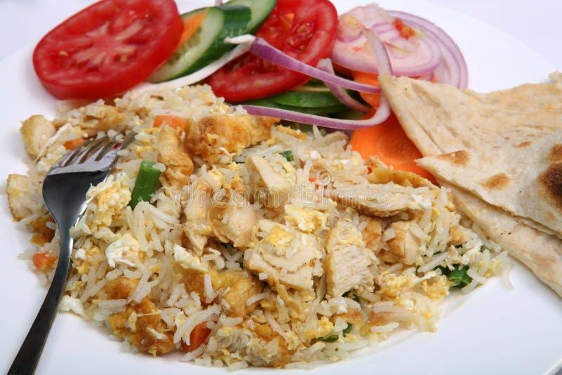 Primo piano del riso fritto del pollo immagini stock