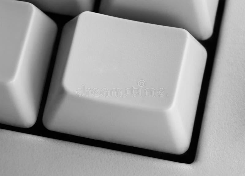 Primo piano del tasto di calcolatore vuoto sulla tastiera for Disegni del mazzo del secondo piano