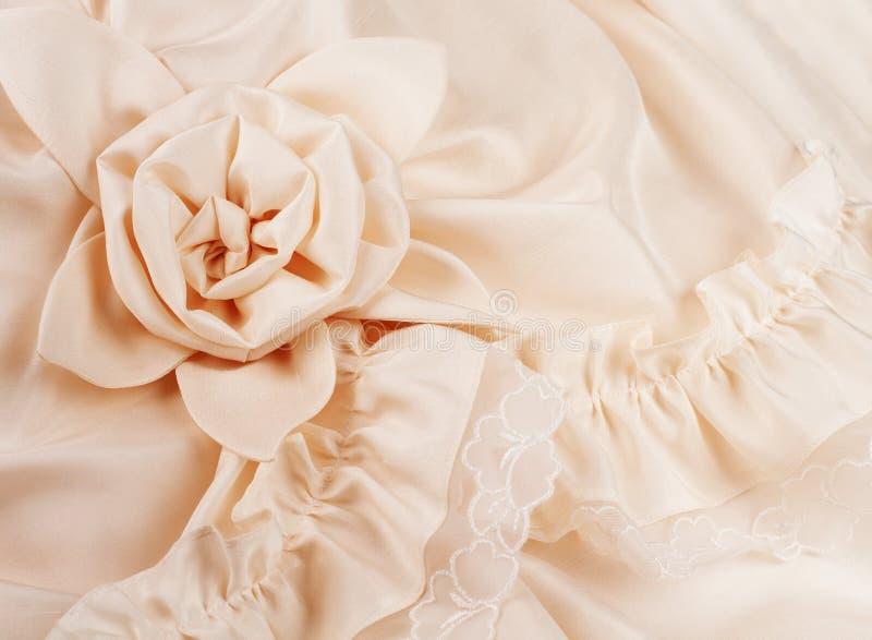 Primo piano del vestito da cerimonia nuziale con spazio per le vostre parole immagine stock libera da diritti