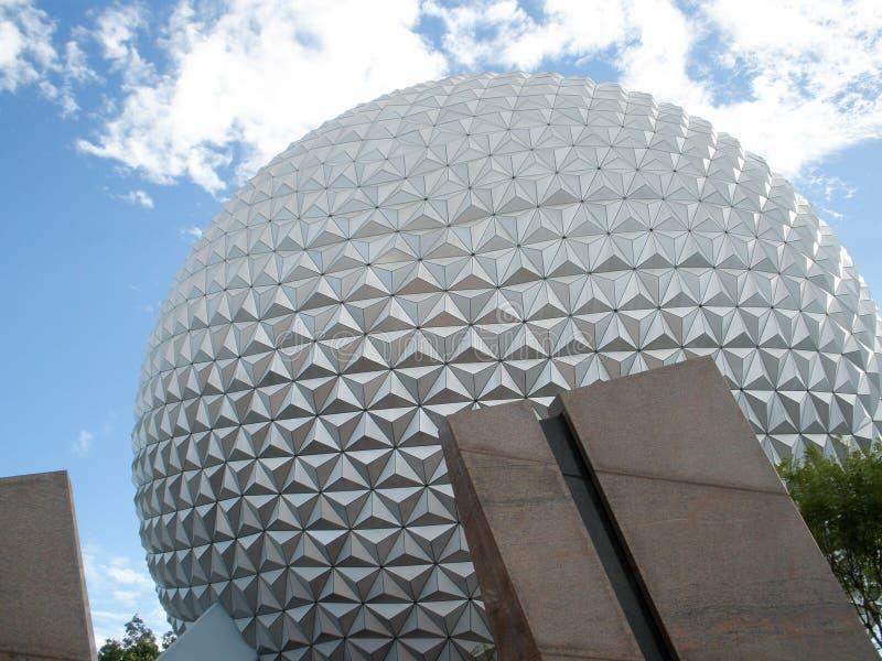 Primo piano dell'entrata principale del Epcot di Disney World fotografie stock