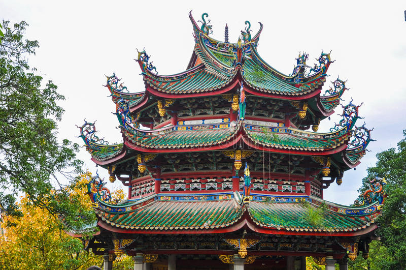 Primo piano della pagoda cinese del tempio fotografia stock libera da diritti