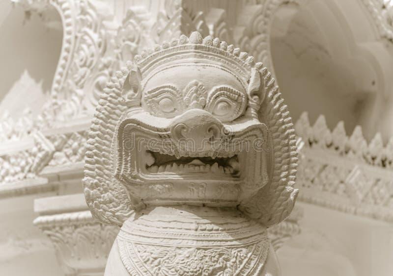 Primo piano della statua del guardiano del leone NEF immagine stock libera da diritti