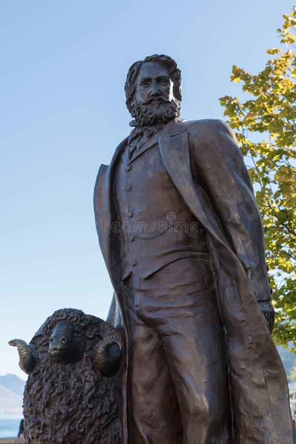 Primo piano della statua di William Gilbert Rees, Queenstown Nuova Zelanda immagine stock