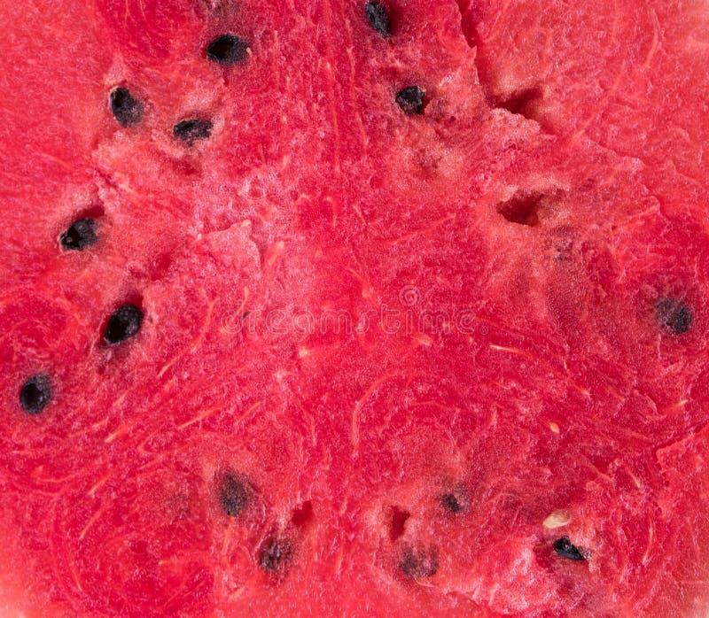 Primo piano delle fette fresche di anguria rossa isolate su fondo bianco Ciò ha percorso di ritaglio fotografia stock