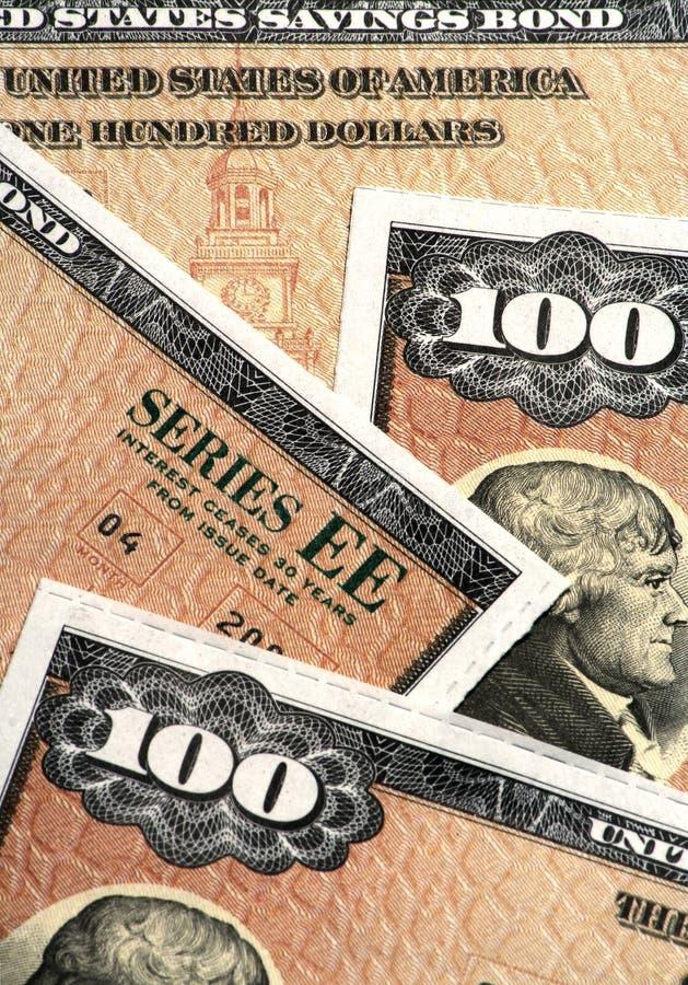 Primo piano delle obbligazioni di risparmio degli Stati Uniti immagine stock libera da diritti