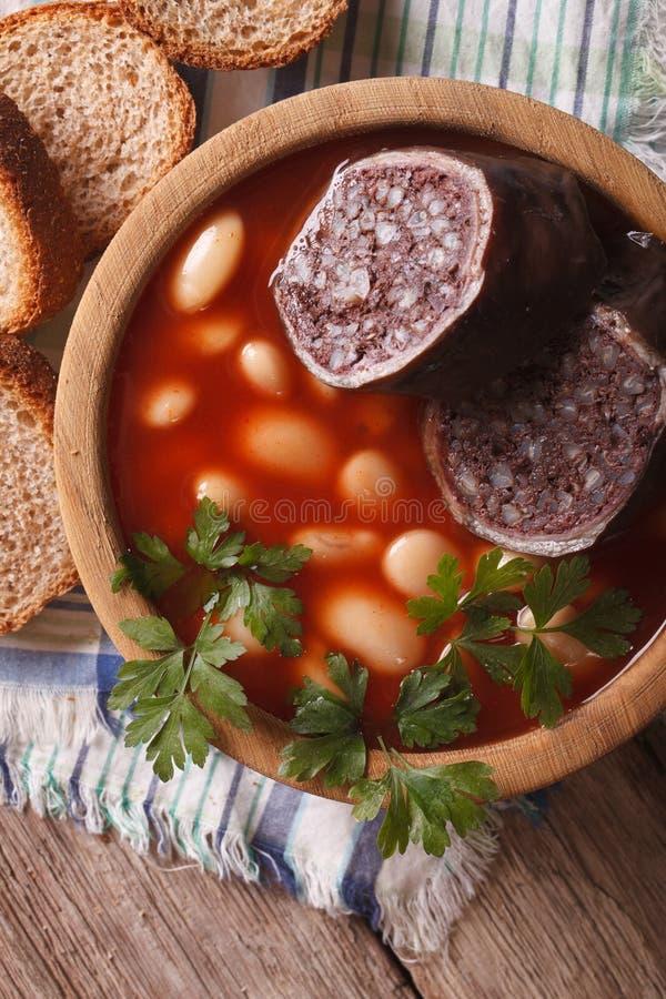 Download Primo Piano Di Asturiana Di Fabada In Una Ciotola Di Legno Vista Superiore Verticale Fotografia Stock - Immagine di pasto, nutrizione: 56885242