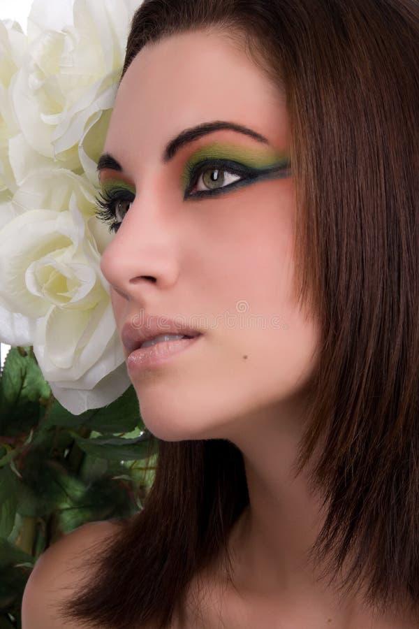 Primo piano di giovane bella donna fotografia stock libera da diritti