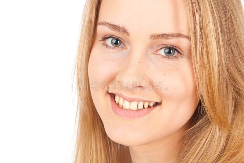 Primo piano di giovane donna bionda fotografia stock libera da diritti
